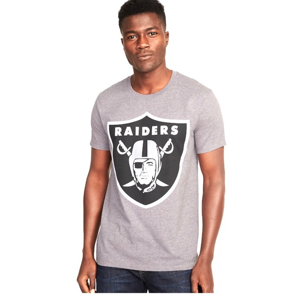 big sale bda2a b2f03 NWT Official NFL Oakland Raiders T-Shirt
